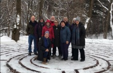 An engaging group of Minnesota and Iowa Labyrinth walkers.